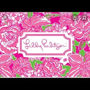 Lilly Pulitzer items available in my closet!